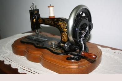 Zócalo para máquinas antiguas